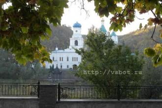 Святогорск, Успенский собор
