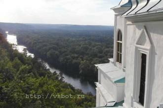 Святогорск, вид на реку